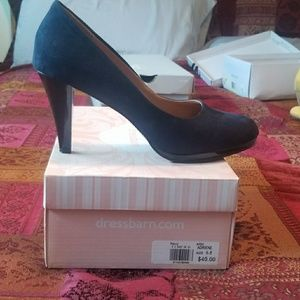 navy blue suede heels